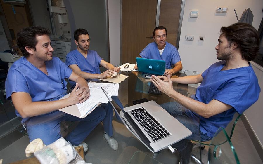 Doctores de Clínica Enrile