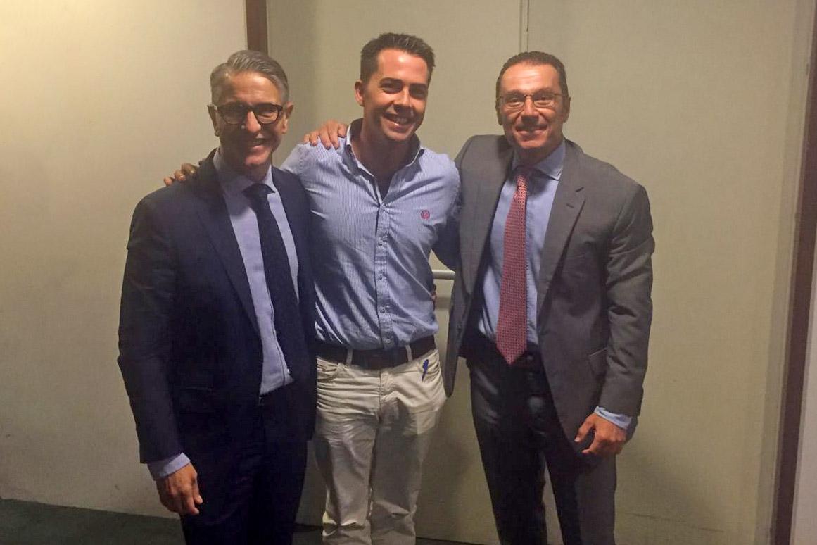 Curso de reconstrucción periodontal de los doctores Francisco Enrile y Pedro Buitrago