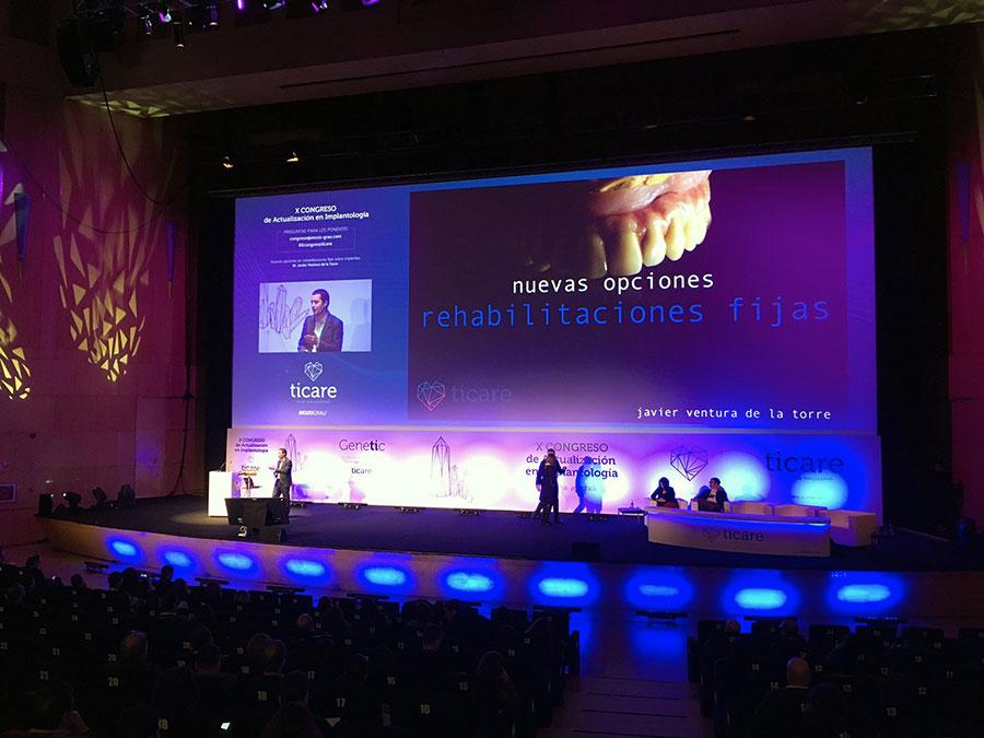 Javier Ventura en el X Congreso de Actualización en Implantología