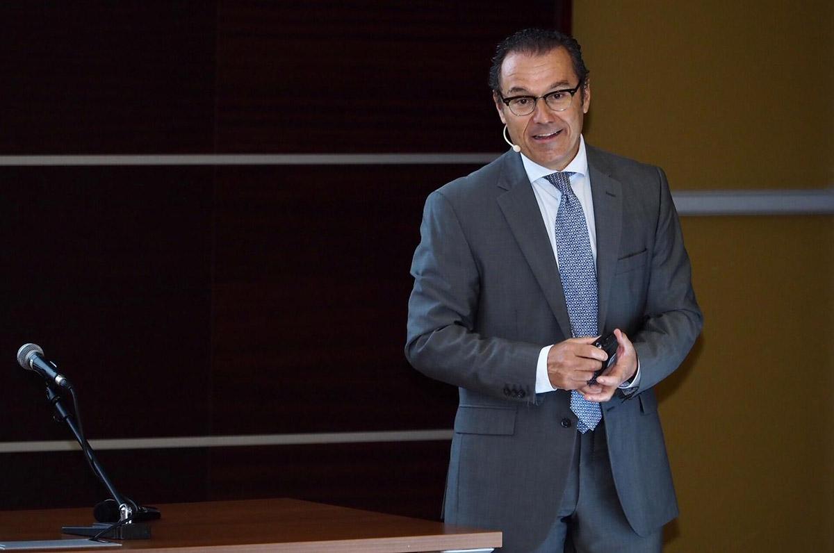 El Dr. Enrile, durante una de sus intervenciones en SEPA Valencia '19